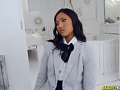 Exotic May Thai is needed to Combat this Cock!Report this video