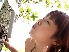 Majestic Japanese kitty Saori Yoshikawa soaps up her curvy body