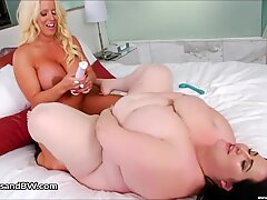 Alura Jensen and Eliza Allure eat vulva Each Others