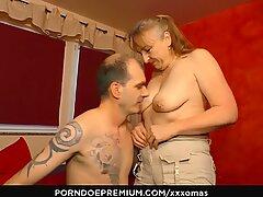 XXX OMAS - Granny Next Door gets full load in mouth